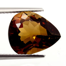 Champagne topaz – 6.79 ct – no reserve price