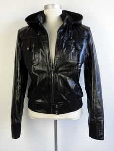 Versace – leather jacket – vintage
