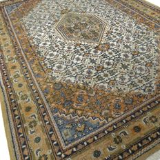 "Indo Bidjar – 303 x 200 cm – ""Oriental carpet in beautiful condition""."