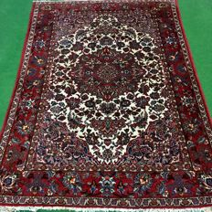 NO RESERVE PRICE, FROM €1!!  Beautiful hand-knotted Persian carpet - Najafabad, 226 x 157 cm, around 1960