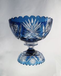 Val Saint Lambert - Milieu de table, table piece in two pieces, hand cut, crystal blue white, Liege, Belgium, end 19th century