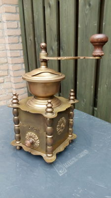 Copper French coffee grinder