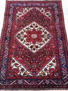Beautiful Persian orient rug, Hamadan- made end of the 20th Century - 112 x 160 cm - from €1