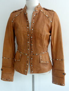 Ibana Rouge – genuine leather – tailored fit jacket.