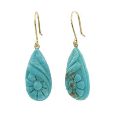 Yellow gold (18 kt) - Pear-shaped turquoise with flower motif - Maximum earring height: 31 mm
