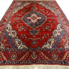 "Tabriz – 356 x 237 cm. – ""XL-eye-catcher – Vintage Oriental rug in beautiful condition""."
