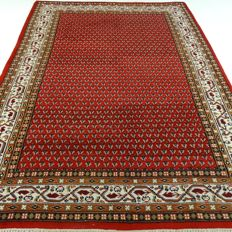 "Mir – 291 × 200 cm – ""Oriental rug in beautiful condition""."