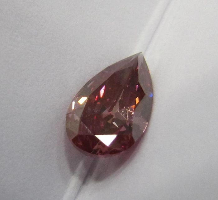 GIA 0.71  ct Loose Pear Brilliant cut Fancy Deep Pink  diamond