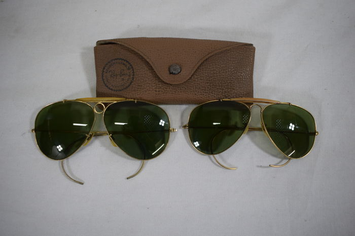 b6da4e46c24 2x Ray-Ban – Vintage men s sunglasses - Catawiki