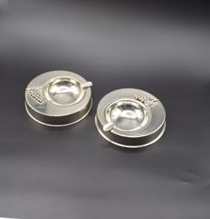 Designer silver ashtrays, International hallmarked 900