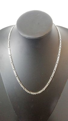 Silver, Figaro link necklace. 925 kt. Length: 57 cm, Width: 0.4 cm, Weight: 20.6 g.