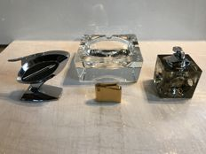 Lot of 3 design lighters and 1 very large ashtray Hennessy crystal - gold plated - Chrome - glass - Middle twentieth century