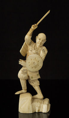 Ivory Okimono warrior - Japan - ca. 1900