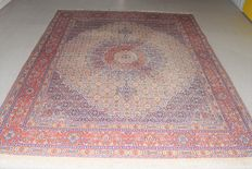 Beautiful Persian carpet, Moud with silk – 20th century, around 1980 - 250 x 195 cm, with certificate of authenticity
