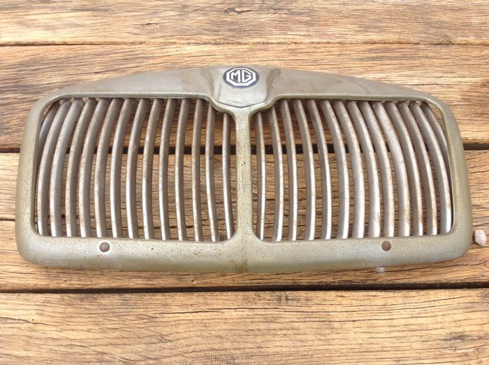 Grill for MG A