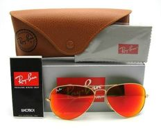 Ray-Ban — sunglasses — Aviator