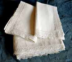Tatting lace sheet and pillowcases from an antique trousseau, made in Venice, Italy, early 20th century