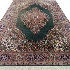 Anatolian Ladik – 325 x 214 cm – Large oriental carpet – Eyecatcher, in beautiful, in nearly unused condition