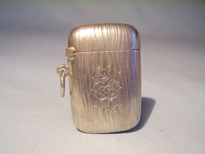 ART NOUVEAU MATCH CONTAINER SILVER