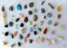 Large Lot of Semi-precious Stone and Mineral pendants - 12 to 30 mm  (52)