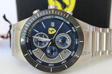Scuderia Ferrari Redrev Evo chronograph – Men's wristwatch – New condition 11