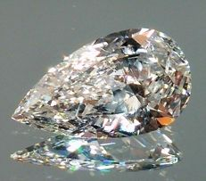 Pear Cut Diamond 0.56 Carat - D color - SI1 clarity - IGL certified - Laser Inscripted - Original Image