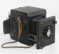 Ica reflex camera 1910 Tudor / a great collectible