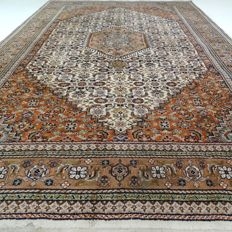 "Indo Bidjar - 304 x 195 cm - ""Oriental rug in natural colours - In beautiful condition"""