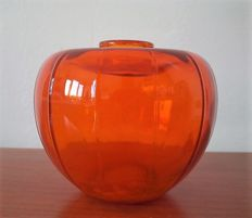 design A.D. Copier, Orange glass liberation vase,