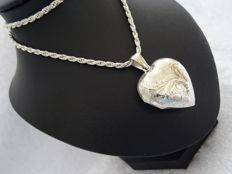 925 silver heart medallion with rope necklace - length 50.5 cm.