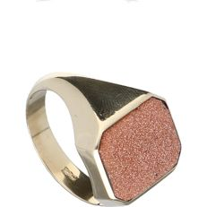 Ring – 14 kt yellow gold – Goldstone – size 19.75 mm.