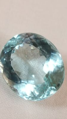 Blue aquamarine - 5.94 ct