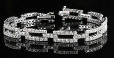 18 kt white gold diamond women's bracelet 4.5 ct