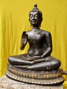 A near life size very large bronze Buddha (112 cm) - Thailand - 19th century