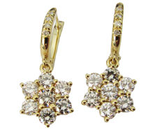 Diamond Drop Earrings, 18 kt Yellow gold, Diamonds 1.71 ct.