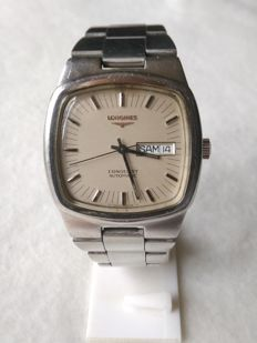 LONGINES Conquest Automatic RARE square model - 1970s.
