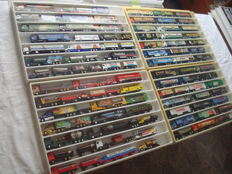 Numerous Brands - Scale 1/86 - Lot with 86 Models: Brewery Trucks, Advertising Trucks, some Classic Trucks and Rarities, in Collection Boxes