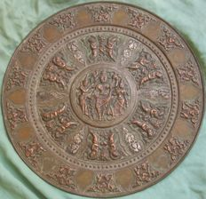 Large plate with Hindu depiction - India - Mid 20th century