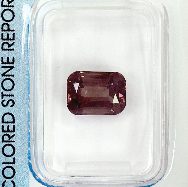 Colour Change Garnet – 3.02 ct