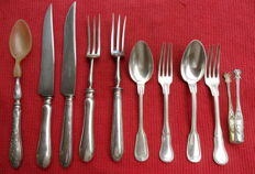 Lot of 10 pieces of silver cutlery with stamps
