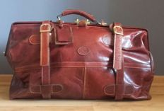 Large leather travelling bag