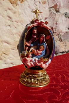 "House of Fabergé - ""The Nativity"" - collector's egg - numbered & signed"