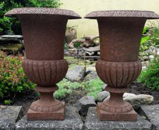 A pair of large cast iron garden vases - France - second half 20th century