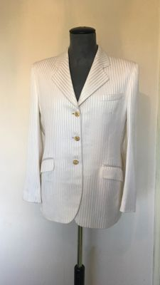 Burberry's off London Blazer