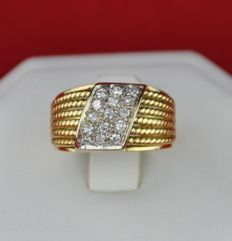 Intricately made 1950's-70's Diamond (0.40ct G/VS-SI) & Yellow 18k Gold Ring - E.U Size 50 (resizable)