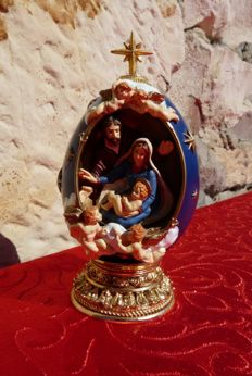 """House of Fabergé - """" The Nativity """" - Collector Egg - Numbered - Signed."""