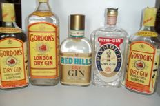 2 Dry Gin Gordon's 1980s & 1 dry Gin Gordon's 1990s 100cl & 1 dry Gin Coates 1960s & 1 dry Gin Red Hills bottled 1960s
