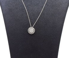 White gold necklace and pendant set with diamonds 0.65 ct VS / G