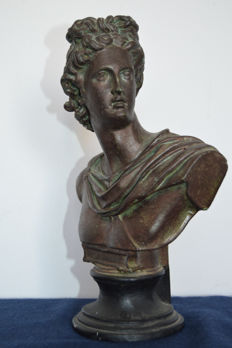 Extraordinary Bust of a Roman Emperor (28cm High) hand made with bronze patina, late 20th century