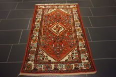 Beautiful hand-woven Persian carpet Hamadan made in Iran 100 x 160 cm